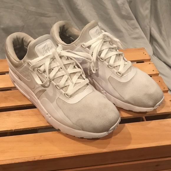 newest a4470 e1a72 Nike Air Max Zero Essential Shoes Size 13